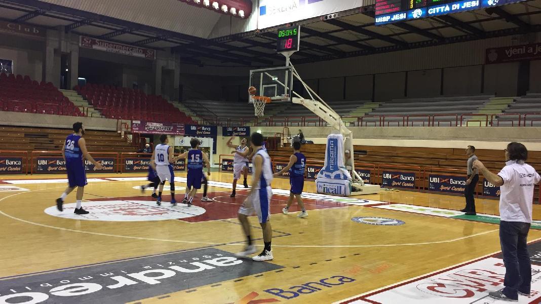 https://www.basketmarche.it/immagini_articoli/21-12-2018/anticipo-pallacanestro-titano-marino-passa-campo-aesis-jesi-600.jpg