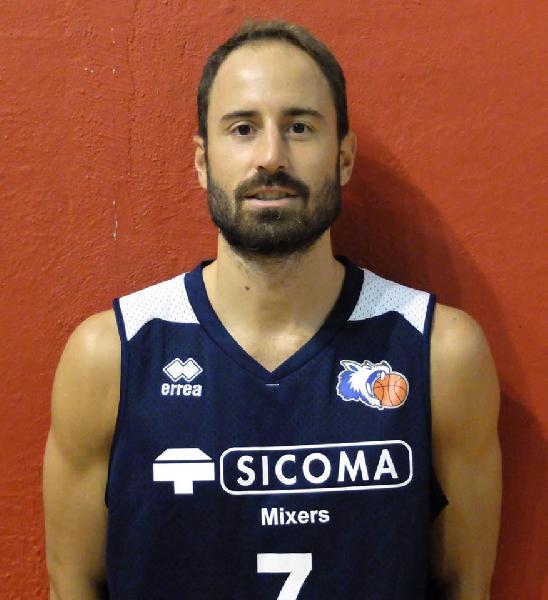 https://www.basketmarche.it/immagini_articoli/21-12-2018/unibasket-lanciano-pronto-match-valdiceppo-parla-grande-andrea-grosso-600.jpg