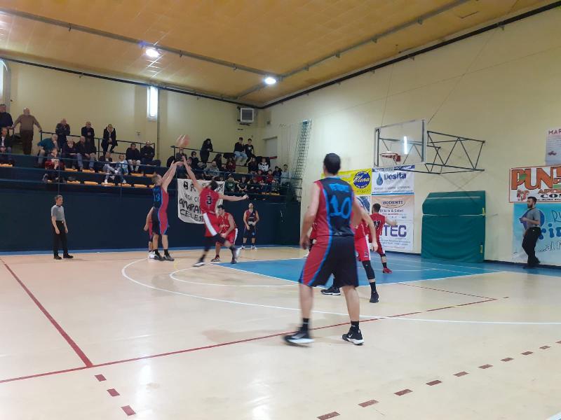 https://www.basketmarche.it/immagini_articoli/21-12-2019/basket-contigliano-ferma-capolista-basket-assisi-sale-ancora-classifica-600.jpg