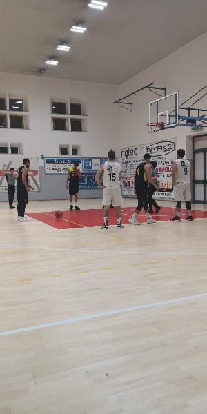 https://www.basketmarche.it/immagini_articoli/21-12-2019/basket-giovane-pesaro-vittoria-chiude-migliore-modi-2019-600.jpg