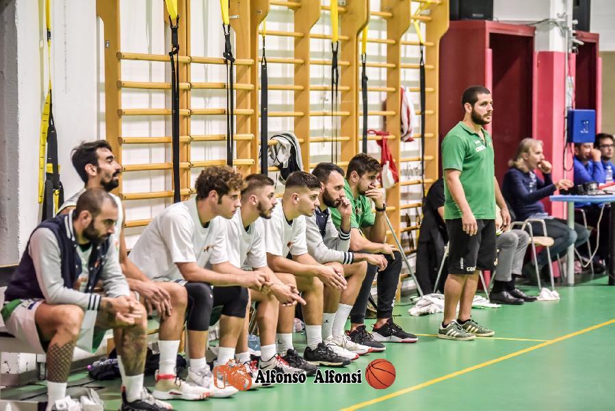 https://www.basketmarche.it/immagini_articoli/21-12-2019/fochi-pollenza-tornano-vittoria-battendo-victoria-fermo-600.jpg