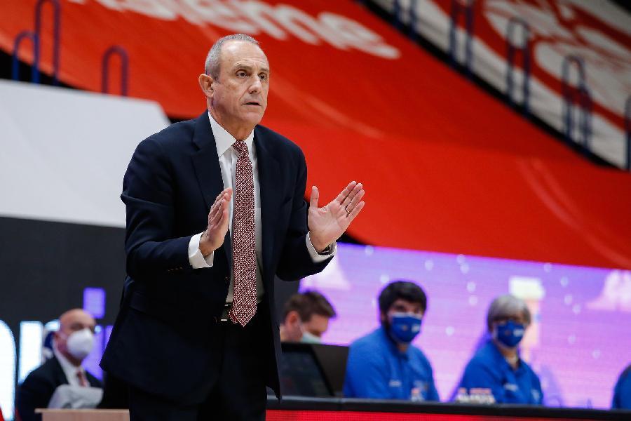 https://www.basketmarche.it/immagini_articoli/21-12-2020/milano-coach-messina-vittoria-vuol-dire-molto-abbiamo-prodotto-eccellente-ultimo-quarto-600.jpg