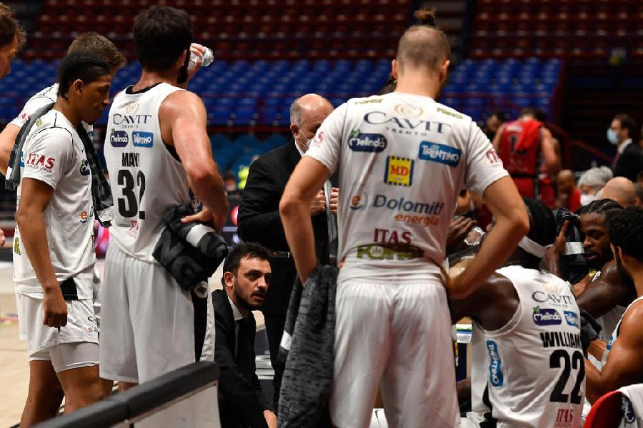 https://www.basketmarche.it/immagini_articoli/21-12-2020/trento-coach-brienza-dispiace-sconfitta-abbiamo-trovato-continuit-difensiva-600.jpg