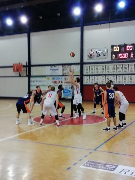 https://www.basketmarche.it/immagini_articoli/22-01-2019/pontevecchio-basket-intenso-derby-perugia-basket-600.jpg