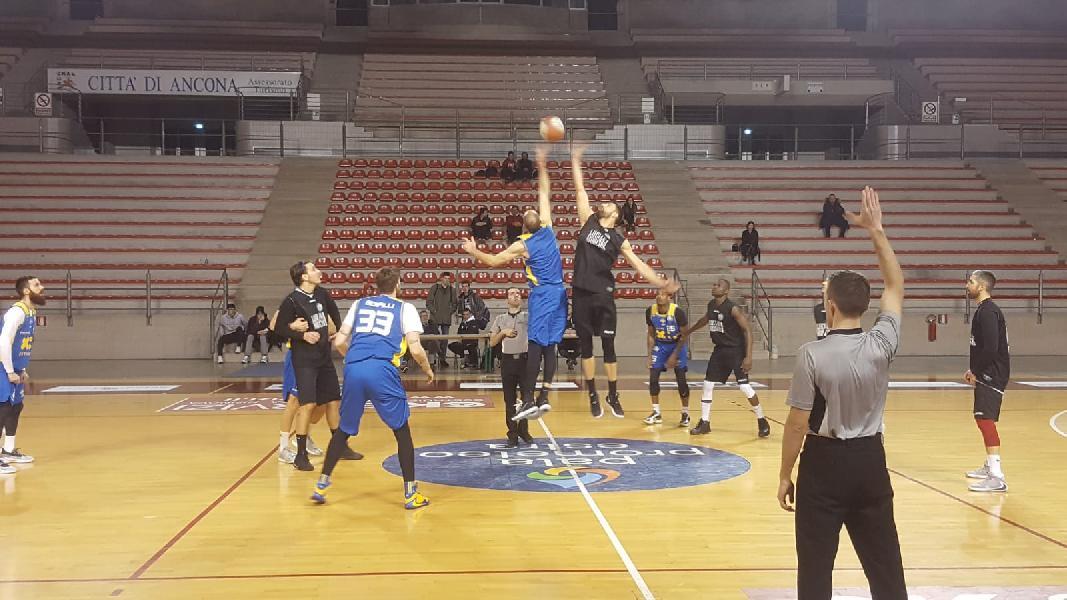https://www.basketmarche.it/immagini_articoli/22-01-2020/positivo-test-amichevole-poderosa-montegranaro-campetto-ancona-600.jpg