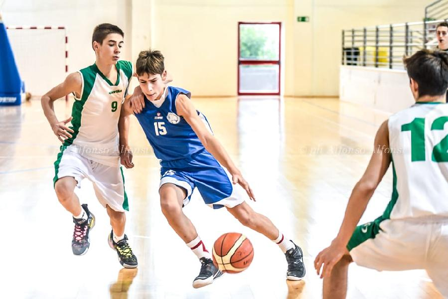 https://www.basketmarche.it/immagini_articoli/22-01-2020/under-eccellenza-stamura-ancona-supera-basket-maceratese-600.jpg