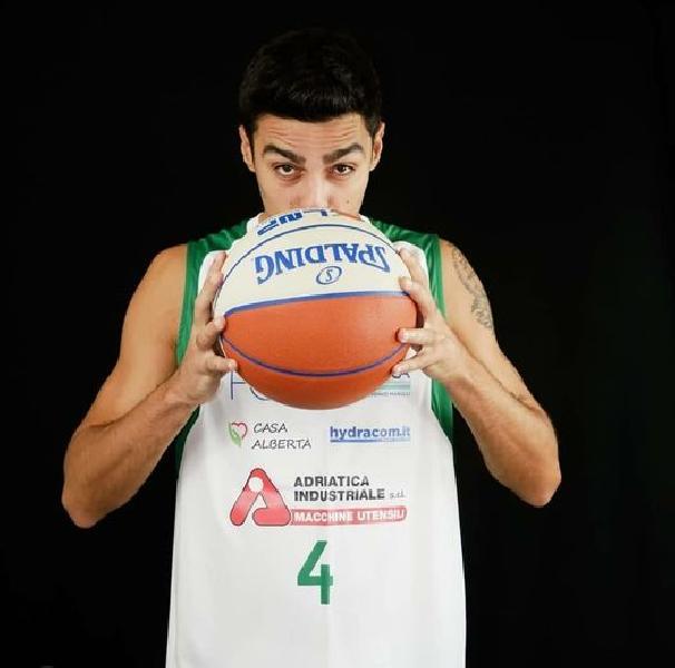 https://www.basketmarche.it/immagini_articoli/22-01-2021/ufficiale-mauro-stella-lascia-basket-corato-firma-pallacenestro-nard-600.jpg