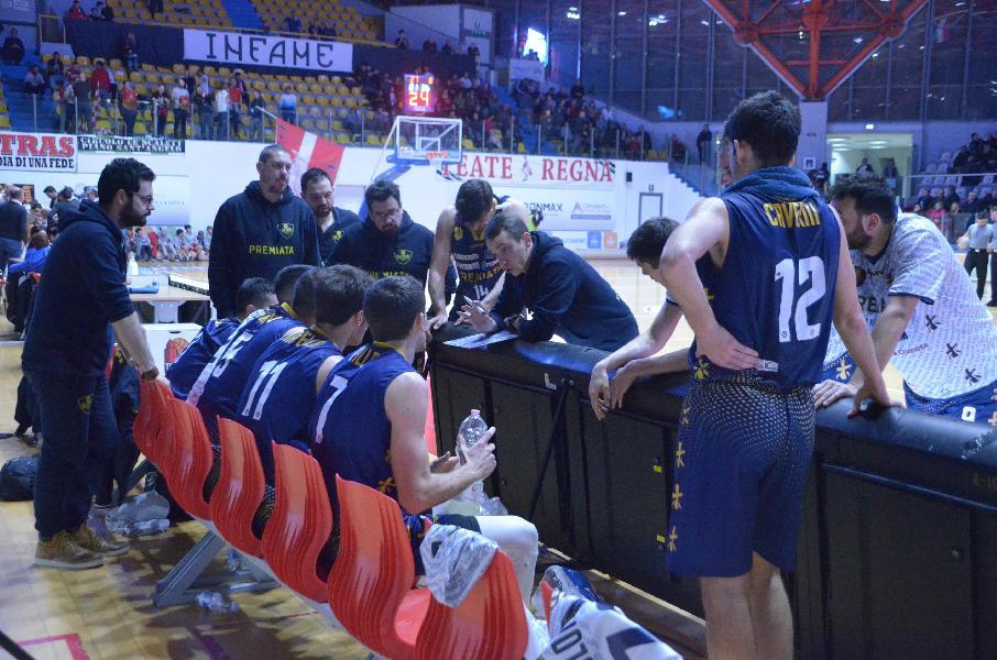 https://www.basketmarche.it/immagini_articoli/22-02-2020/sutor-montegranaro-coach-ciarpella-pensiamo-battere-ozzano-senza-fare-troppi-conti-600.jpg