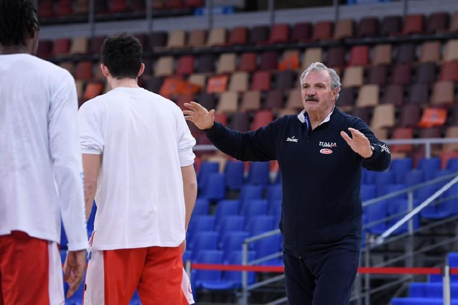 https://www.basketmarche.it/immagini_articoli/22-02-2021/italbasket-coach-sacchetti-dispiace-aver-chiuso-sconfitte-percorso-crescita-succedere-600.jpg