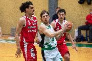 https://www.basketmarche.it/immagini_articoli/22-02-2021/pallacanestro-senigallia-arrende-solo-finale-campo-virtus-padova-120.jpg