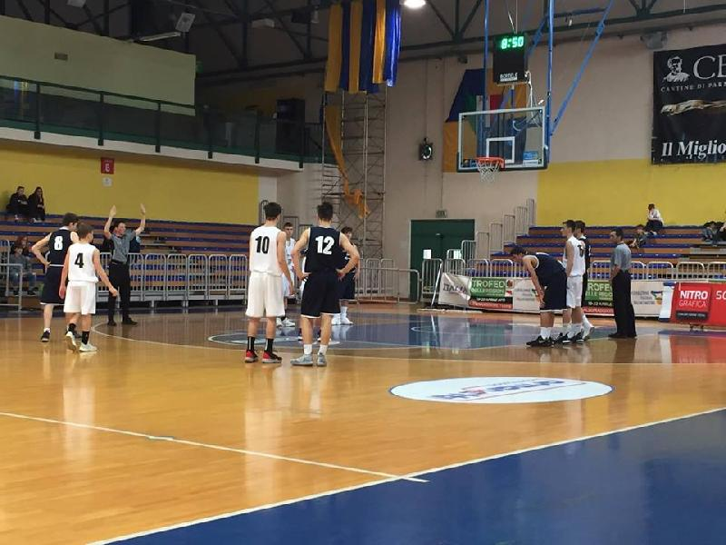 https://www.basketmarche.it/immagini_articoli/22-04-2019/2019-maschile-marche-superano-volata-emilia-romagna-conquistano-posto-600.jpg