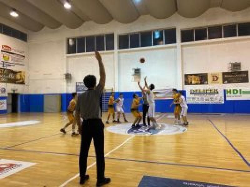 https://www.basketmarche.it/immagini_articoli/22-04-2021/eccellenza-puglia-girone-anspi-santa-rita-taranto-espugna-campo-fortitudo-francavilla-600.jpg