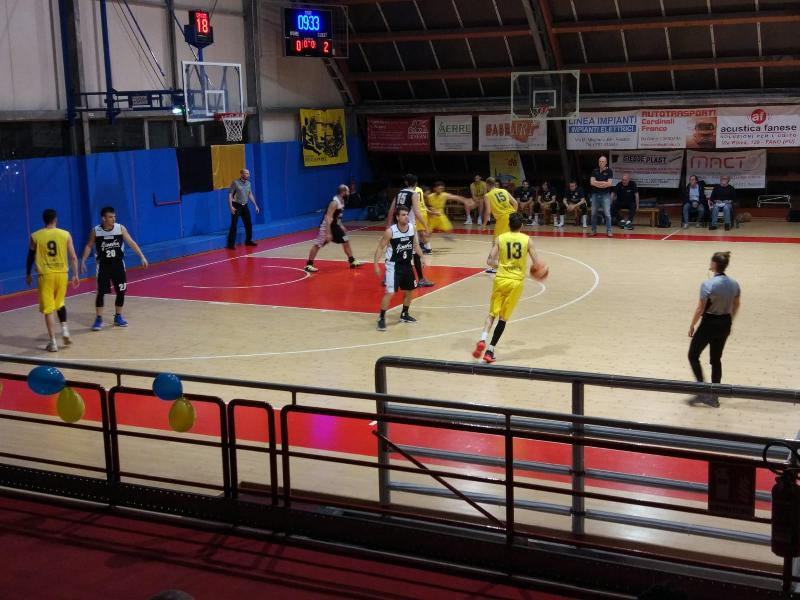 https://www.basketmarche.it/immagini_articoli/22-05-2019/regionale-finals-pallacanestro-acqualagna-passa-ancora-pesaro-600.jpg