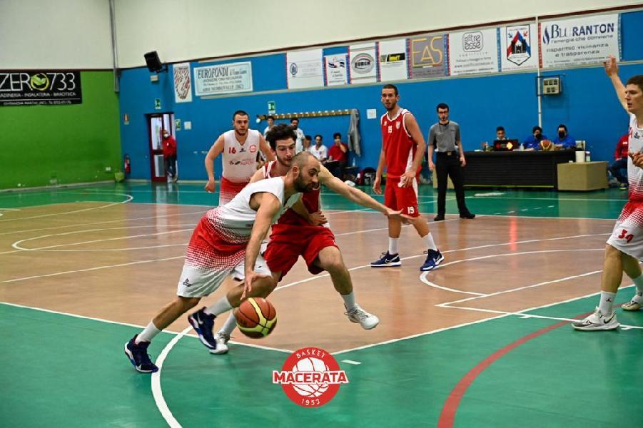 https://www.basketmarche.it/immagini_articoli/22-05-2021/basket-macerata-passa-nettamente-campo-ponte-morrovalle-rimane-imbattuto-600.jpg