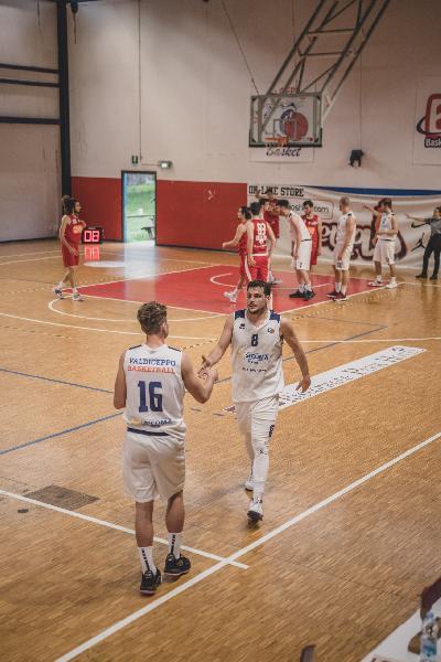 https://www.basketmarche.it/immagini_articoli/22-05-2021/valdiceppo-basket-attesa-trasferta-campo-falconara-basket-600.jpg