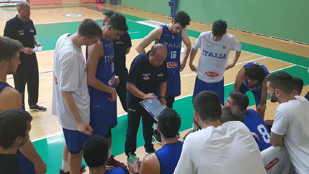 https://www.basketmarche.it/immagini_articoli/22-06-2019/esordio-positivo-nazionale-torneo-domegge-slovenia-bene-conti-serpilli-600.jpg