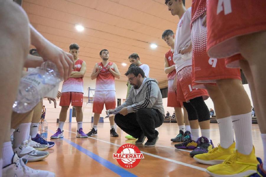 https://www.basketmarche.it/immagini_articoli/22-06-2021/macerata-coach-brachetti-sono-soddisfatto-prestazione-mancato-cinismo-chiuderla-600.jpg