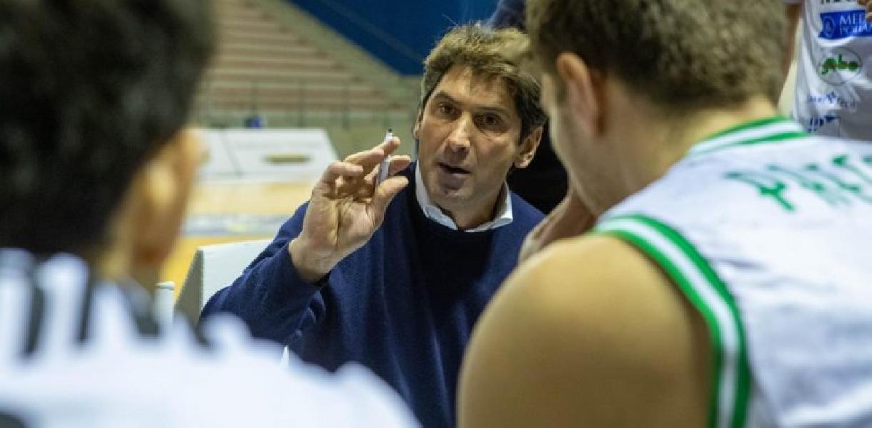 https://www.basketmarche.it/immagini_articoli/22-06-2021/ufficiale-campetto-ancona-saluta-ringrazia-coach-stefano-rajola-600.jpg