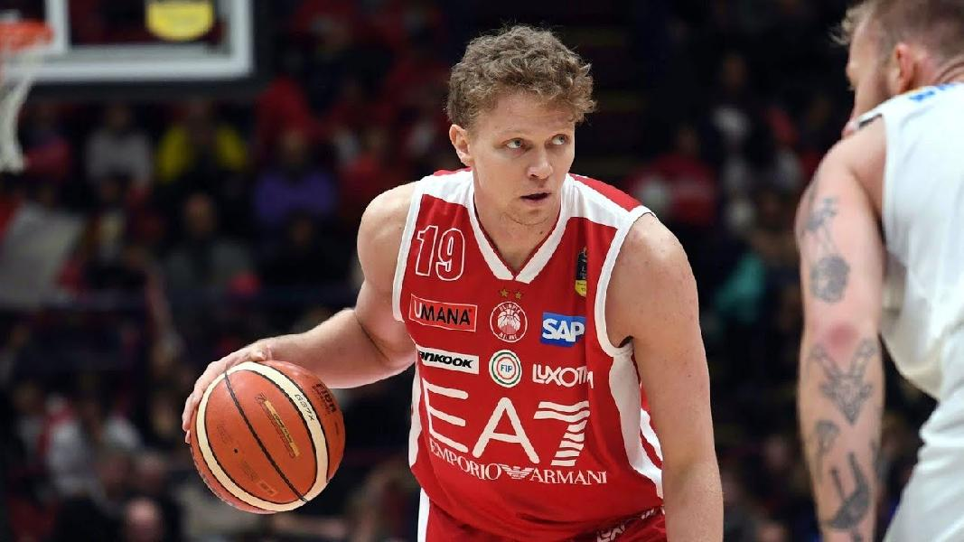 https://www.basketmarche.it/immagini_articoli/22-07-2019/olimpia-milano-mindaugas-kuzminskas-smentisce-aver-firmato-altra-squadra-600.jpg