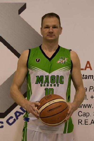 https://www.basketmarche.it/immagini_articoli/22-07-2019/ufficiale-audrius-povilaitis-lascia-magic-basket-chieti-firma-monteroni-600.jpg
