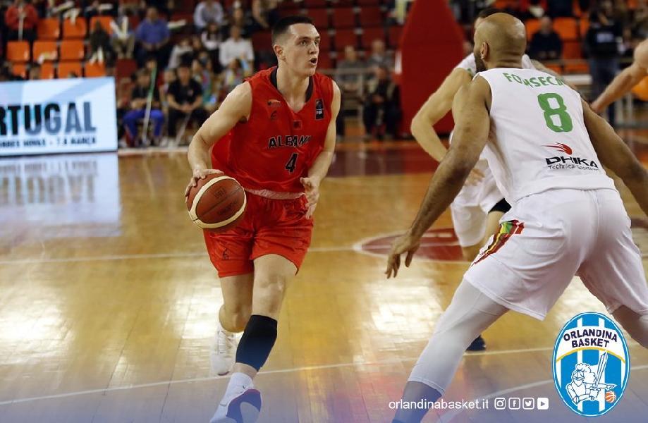 https://www.basketmarche.it/immagini_articoli/22-07-2020/ufficiale-albanese-celis-taflaj-giocatore-orlandina-basket-600.jpg