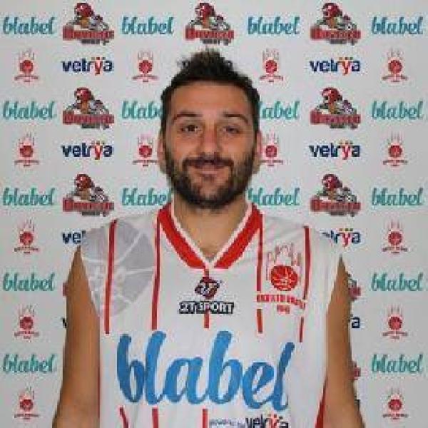 https://www.basketmarche.it/immagini_articoli/22-07-2020/ufficiale-valerio-abet-vestir-maglia-orvieto-basket-anche-prossima-stagione-600.jpg