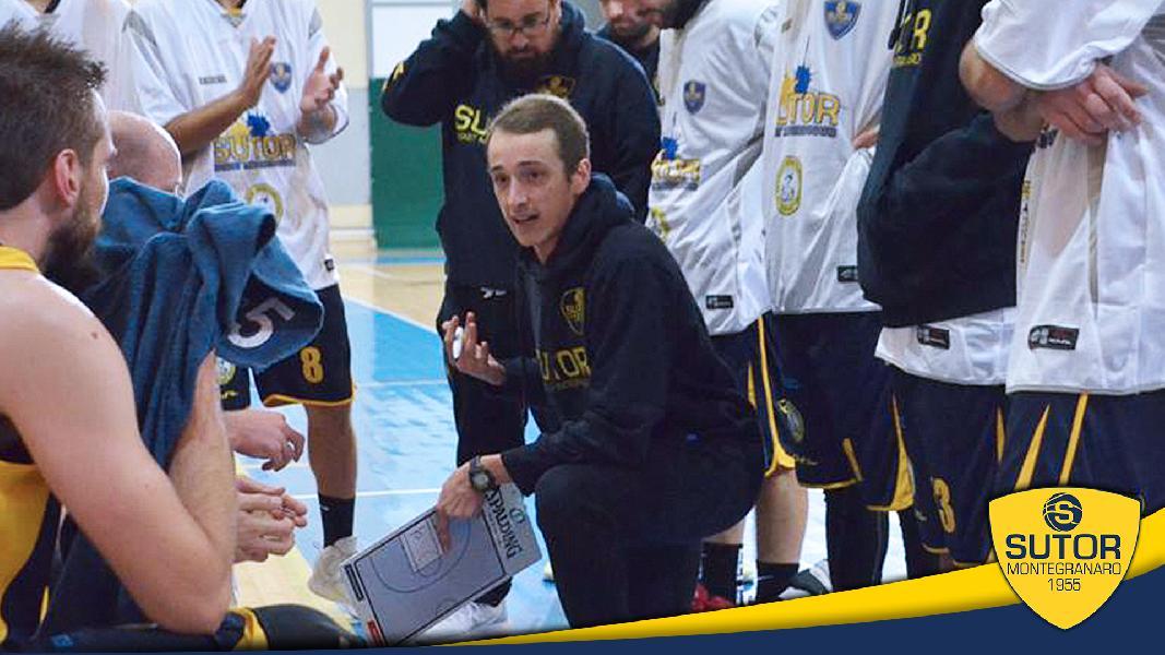 https://www.basketmarche.it/immagini_articoli/22-07-2021/ufficiale-marco-ciarpella-vice-allenatore-janus-fabriano-600.jpg