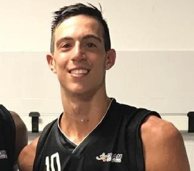 https://www.basketmarche.it/immagini_articoli/22-08-2018/serie-b-nazionale-l-ex-vuelle-pesaro-alessandro-morgillo-chiude-il-roster-della-pallacanestro-senigallia-600.jpg