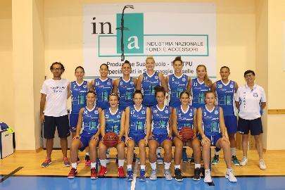 https://www.basketmarche.it/immagini_articoli/22-09-2017/serie-a2-femminilela-feba-civitanova-si-presenta-ai-propri-tifosi-270.jpg