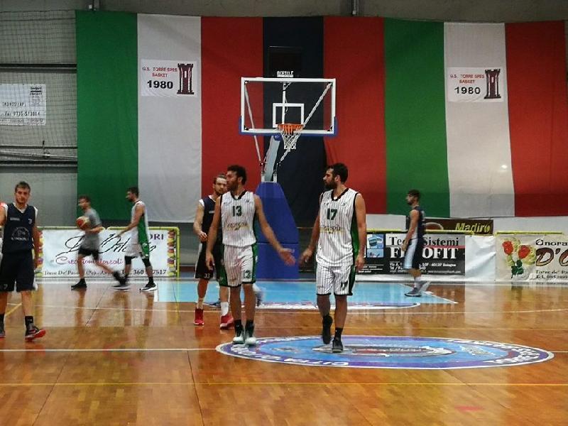 https://www.basketmarche.it/immagini_articoli/22-09-2018/memorial-colella-magic-basket-chieti-supera-basket-aquilano-finale-600.jpg