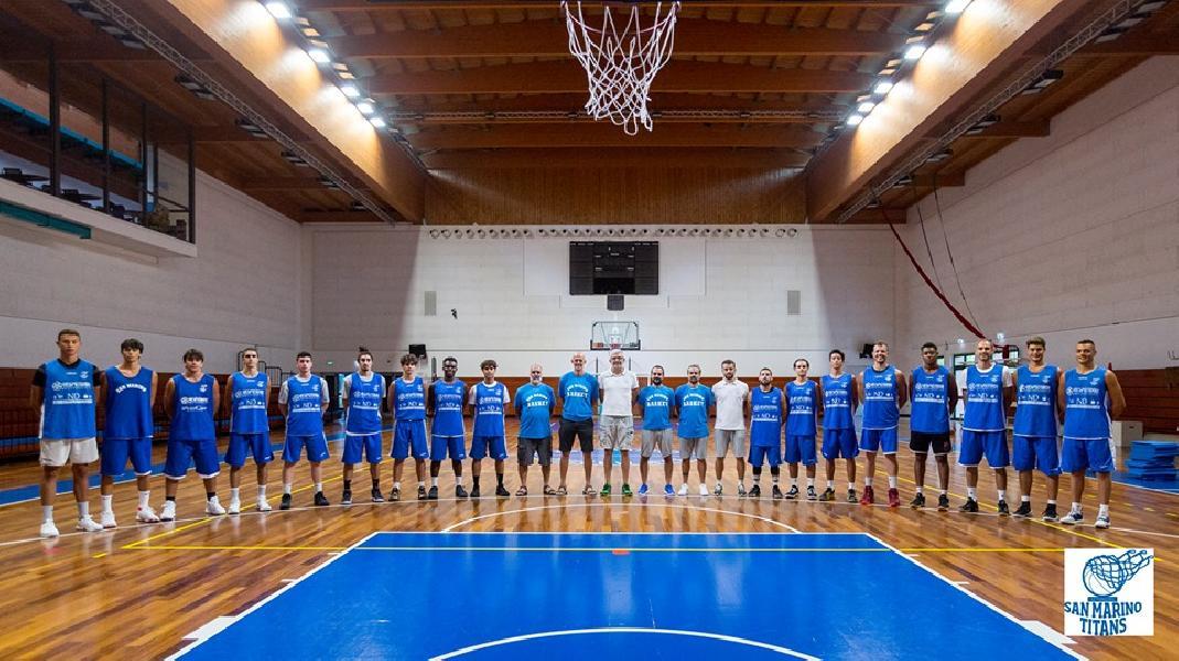 https://www.basketmarche.it/immagini_articoli/22-09-2019/pallacanestro-titano-marino-passa-campo-rimaneggiata-loreto-pesaro-600.jpg