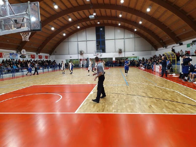 https://www.basketmarche.it/immagini_articoli/22-09-2021/annullata-amichevole-pallacanestro-acqualagna-basket-fanum-600.jpg