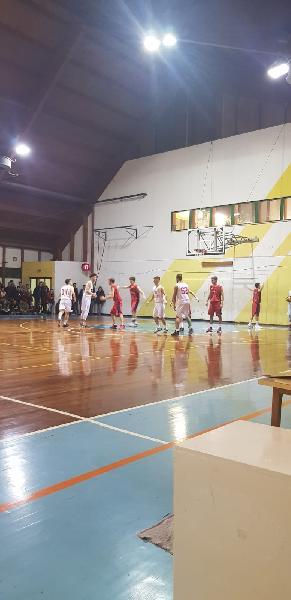 https://www.basketmarche.it/immagini_articoli/22-12-2018/anticipi-venerd-fochi-pollenza-chiudono-testa-vigor-matelica-derby-600.jpg