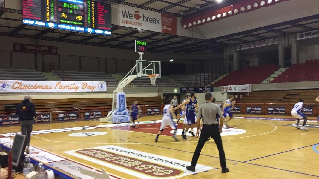 https://www.basketmarche.it/immagini_articoli/22-12-2018/pallacanestro-titano-marino-conquista-punti-campo-aesis-jesi-600.jpg