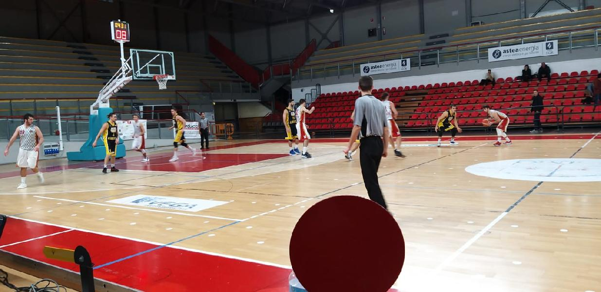 https://www.basketmarche.it/immagini_articoli/22-12-2019/auximum-osimo-arrende-capolista-santarcangelo-angels-dopo-supplementari-600.jpg