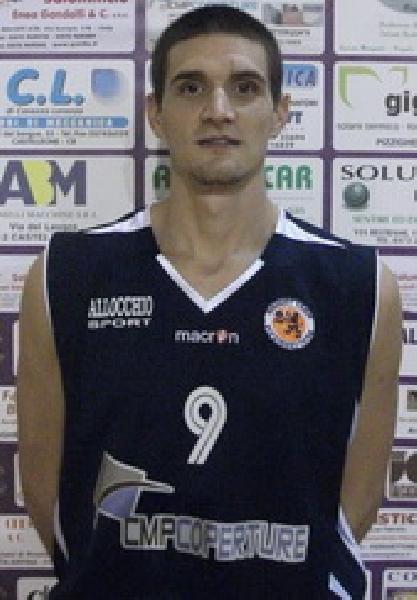 https://www.basketmarche.it/immagini_articoli/22-12-2019/colpaccio-mercato-pallacanestro-pedaso-firma-argentina-nicolas-pairone-600.jpg