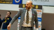 https://www.basketmarche.it/immagini_articoli/23-01-2021/ufficiale-maceratese-damiano-cagnazzo-allenatore-basket-golfo-piombino-120.jpg
