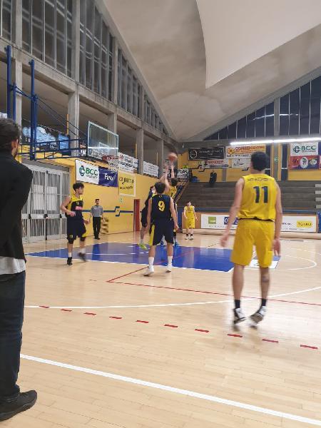https://www.basketmarche.it/immagini_articoli/23-02-2019/castelfidardo-espugna-campo-basket-fanum-dopo-supplementare-600.jpg