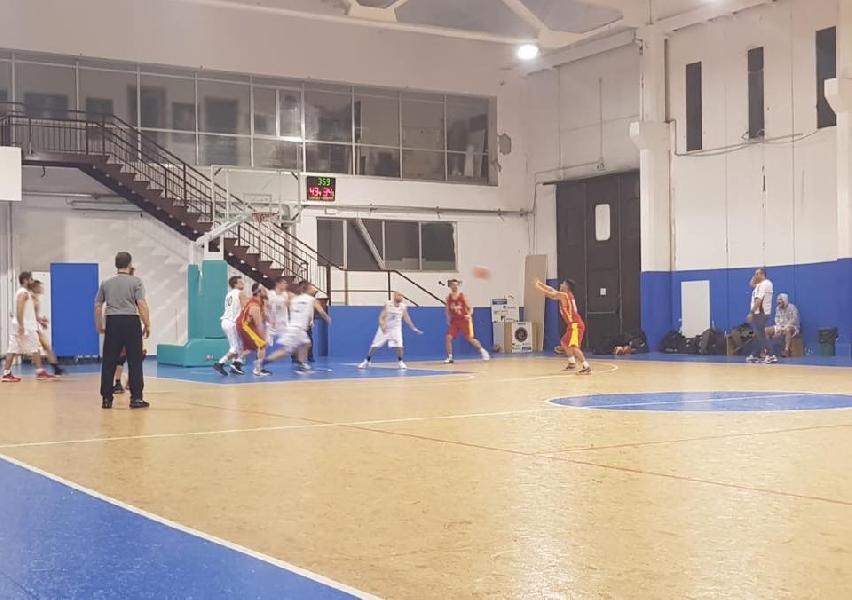 https://www.basketmarche.it/immagini_articoli/23-02-2019/ignorantia-pesaro-supera-basket-cagli-dopo-supplementare-600.jpg