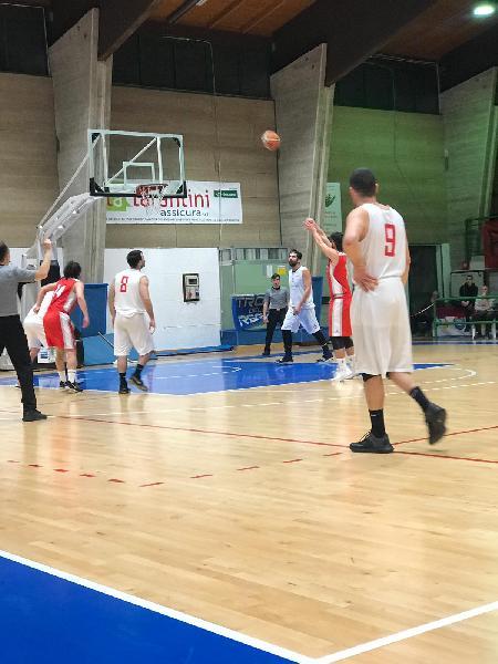 https://www.basketmarche.it/immagini_articoli/23-02-2019/ottima-pallacanestro-pedaso-impone-basket-maceratese-600.jpg