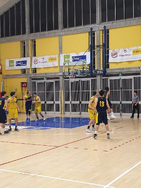 https://www.basketmarche.it/immagini_articoli/23-02-2019/regionale-live-girone-risultati-ritorno-tempo-reale-600.jpg
