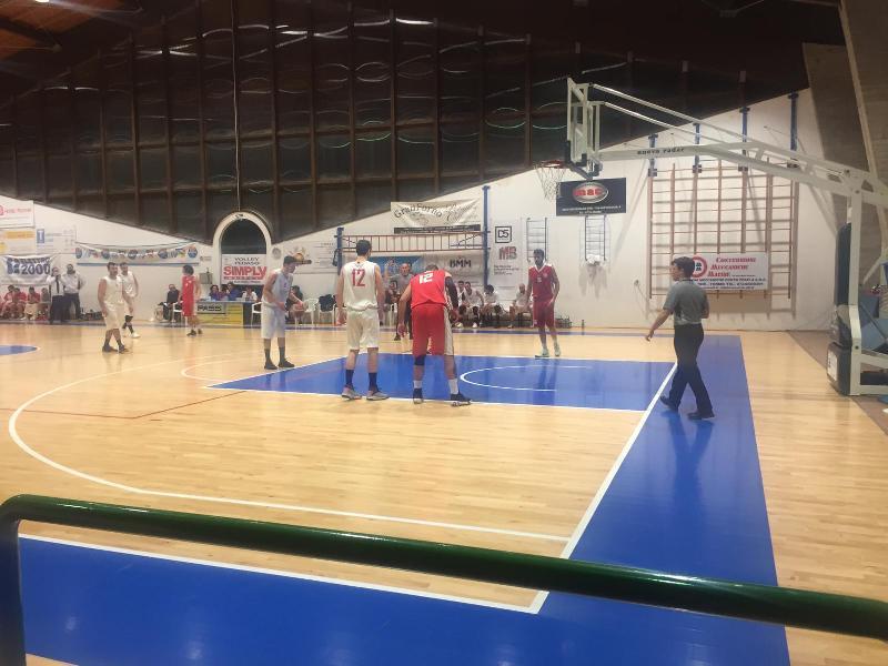 https://www.basketmarche.it/immagini_articoli/23-02-2019/regionale-ritorno-pedaso-batte-macerata-bene-fermo-ascoli-fochi-allungano-600.jpg