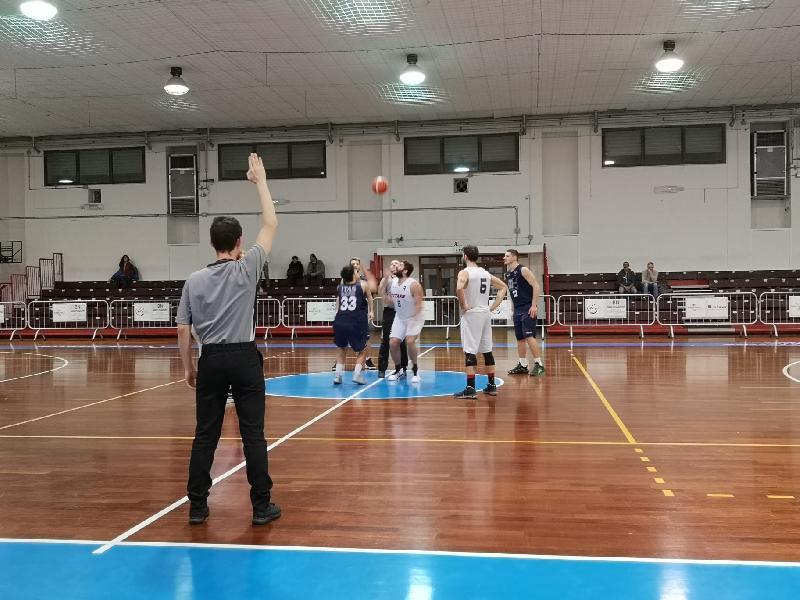 https://www.basketmarche.it/immagini_articoli/23-02-2020/basket-giovane-pesaro-conquista-jesi-settima-vittoria-consecutiva-600.jpg