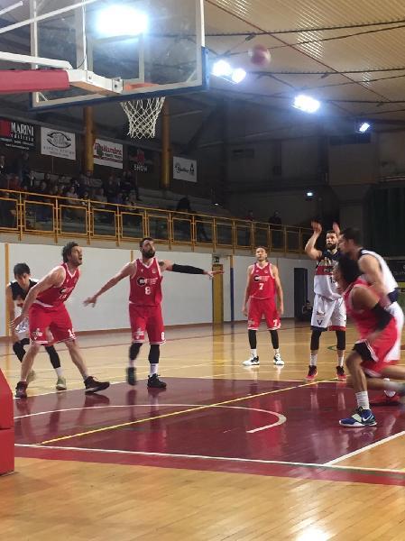https://www.basketmarche.it/immagini_articoli/23-02-2020/troppo-forte-vigor-matelica-virtus-assisi-incassa-sconfitta-600.jpg