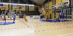 https://www.basketmarche.it/immagini_articoli/23-03-2019/basket-fanum-conquista-punti-chiave-playoff-120.jpg