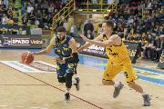 https://www.basketmarche.it/immagini_articoli/23-03-2019/esame-grande-poderosa-montegranaro-palasavelli-arriva-scaligera-verona-120.jpg