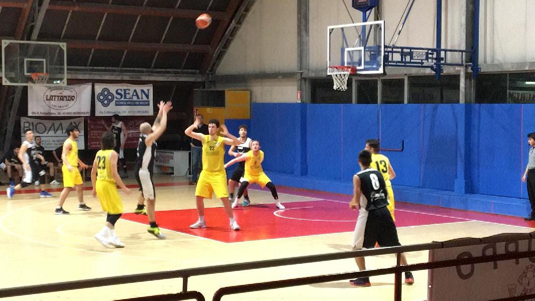 https://www.basketmarche.it/immagini_articoli/23-03-2019/loreto-pesaro-vince-scontro-diretto-pallacanestro-acqualagna-600.jpg