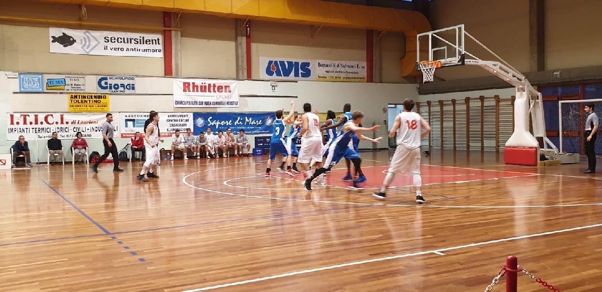 https://www.basketmarche.it/immagini_articoli/23-03-2019/serie-silver-live-girone-marche-umbria-risultati-ultima-ritorno-tempo-reale-600.jpg