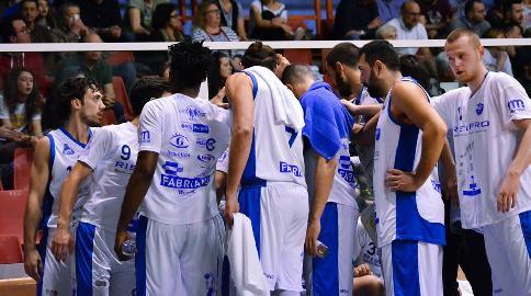 https://www.basketmarche.it/immagini_articoli/23-04-2018/serie-b-nazionale-lo-janus-fabriano-ritrova-la-vittoria-nei-playout-è-sfida-al-cerignola-270.jpg