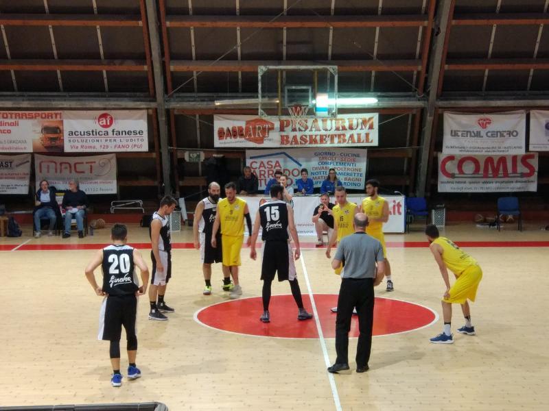 https://www.basketmarche.it/immagini_articoli/23-05-2019/regionale-playoff-pallacanestro-acqualagna-espugna-campo-loreto-pesaro-600.jpg